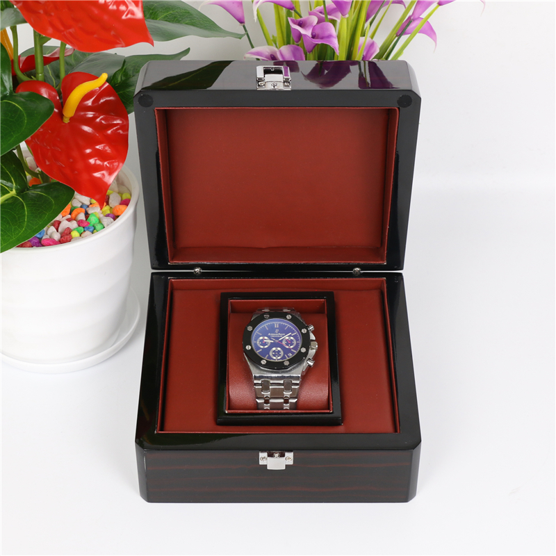 High Quanlity Mens Watch Box With Lock Black Watch Storage Boxes Fashion Jewelry Gift Case With Pillow Watch Display Box W024 high quanlity bitter melon extract charantin 10