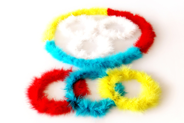 New arrival free shipping color changing feather circle magic wreath tricks magic props