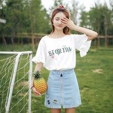 538189c41 JOYINPARTY más tamaño blanco camiseta de las mujeres 2018 algodón bordado  camiseta de verano flare manga camiseta mujer top Muje.