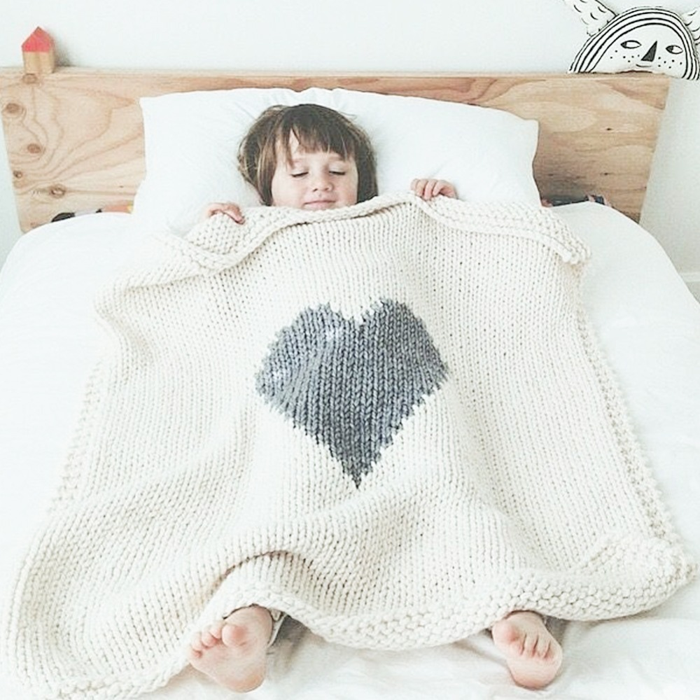 Baby Born Bettwäsche Baby Accessories Blankets Newborn Birth Swaddle Wrap Sweet Heart Knitted Kids Quilt Summer Air Conditioning Sofa Bedding Cover