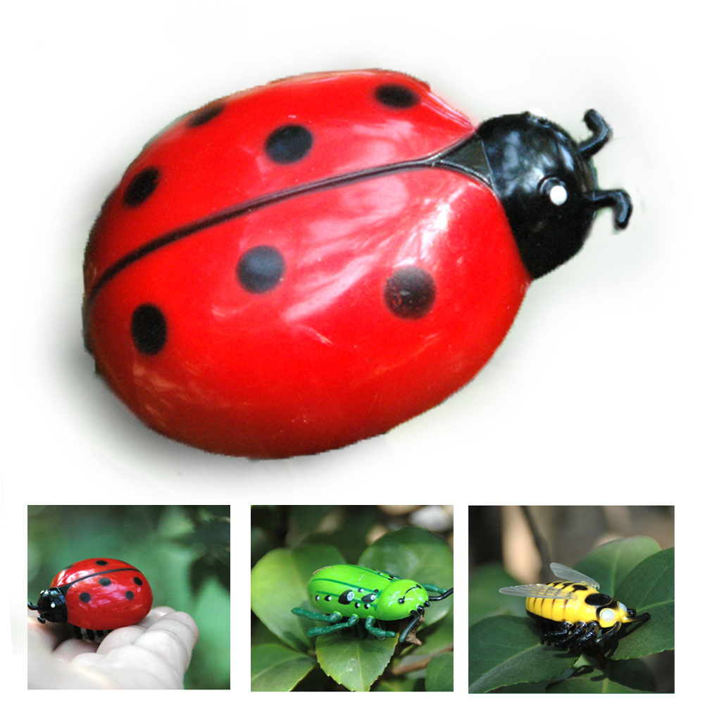 Baby Kid Play Trick Cicada Plastic Mini Animal Vibration Scary Prank Toy Creepy Random Color