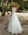 Dreagel Romantic V-neck Lace Beach Wedding Dresses 2017 Glamorous Appliques Waist Beaded Bridal Dress Vestido de Noiva Plus Size