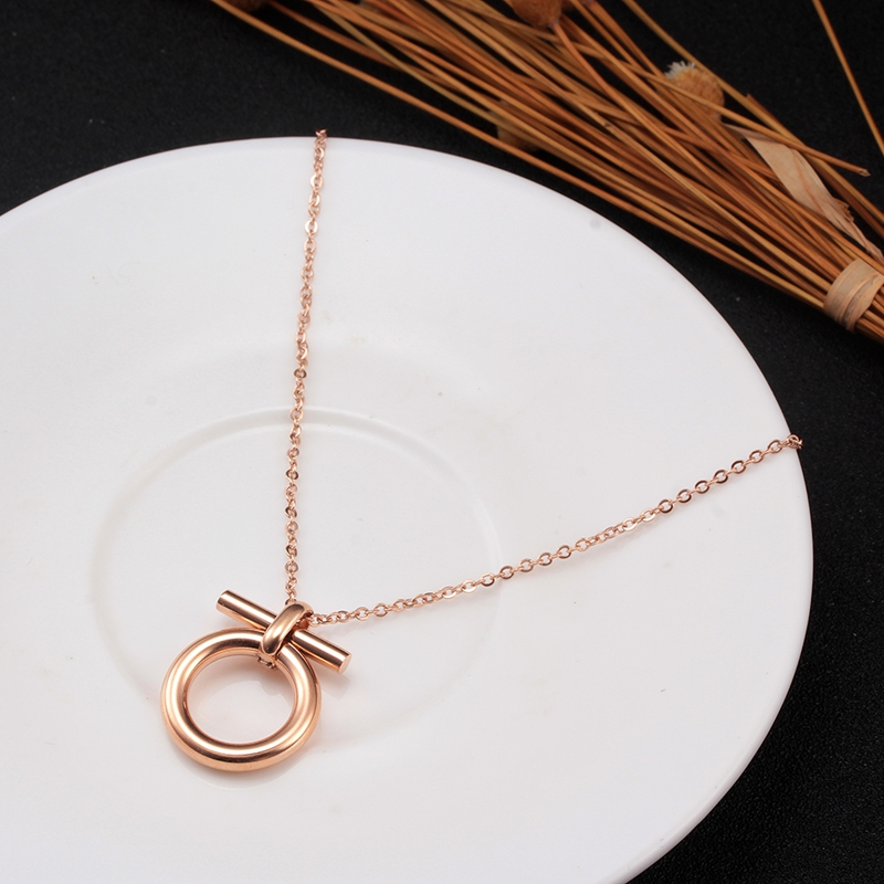 Gold Color Horseshoe Pendant Necklace for women Stainless Steel Vintage Lucky Choker Necklace Men Link Chain Jewelry Gift in Pendant Necklaces from Jewelry Accessories