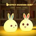 Nueva Conejo de La Manera de Noche de Luz LED 7 Que Cambia de Color de Luz Del Sensor Táctil para Niños Sillicone Lámpara de La Mesita de Decoración Para El Hogar