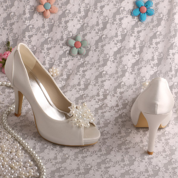 Online Shop Wedopus Cream Colored High Heel Christmas Pumps Bride Wedding Shoes For Free Shipping