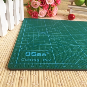 "Image 2 - PVC Cutting Mat a4 ""9 Sea"" Durable Self Healing Handmade DIY Quilting Accessories Flexible Green Patchwork Board Tool 30*22 cm"