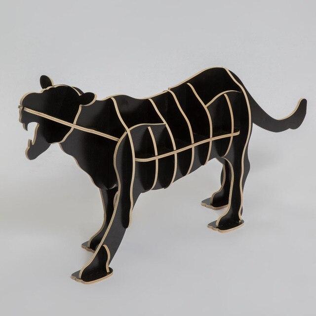 European-style wooden ornaments creative home furnishings Continental Shelf Wooden Crafts Nordic Home leopard animal Bookshelf