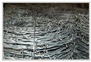 Barbed wire----Hot dipped Galvanized, Electro Galvanized / PVC/ PE Coated
