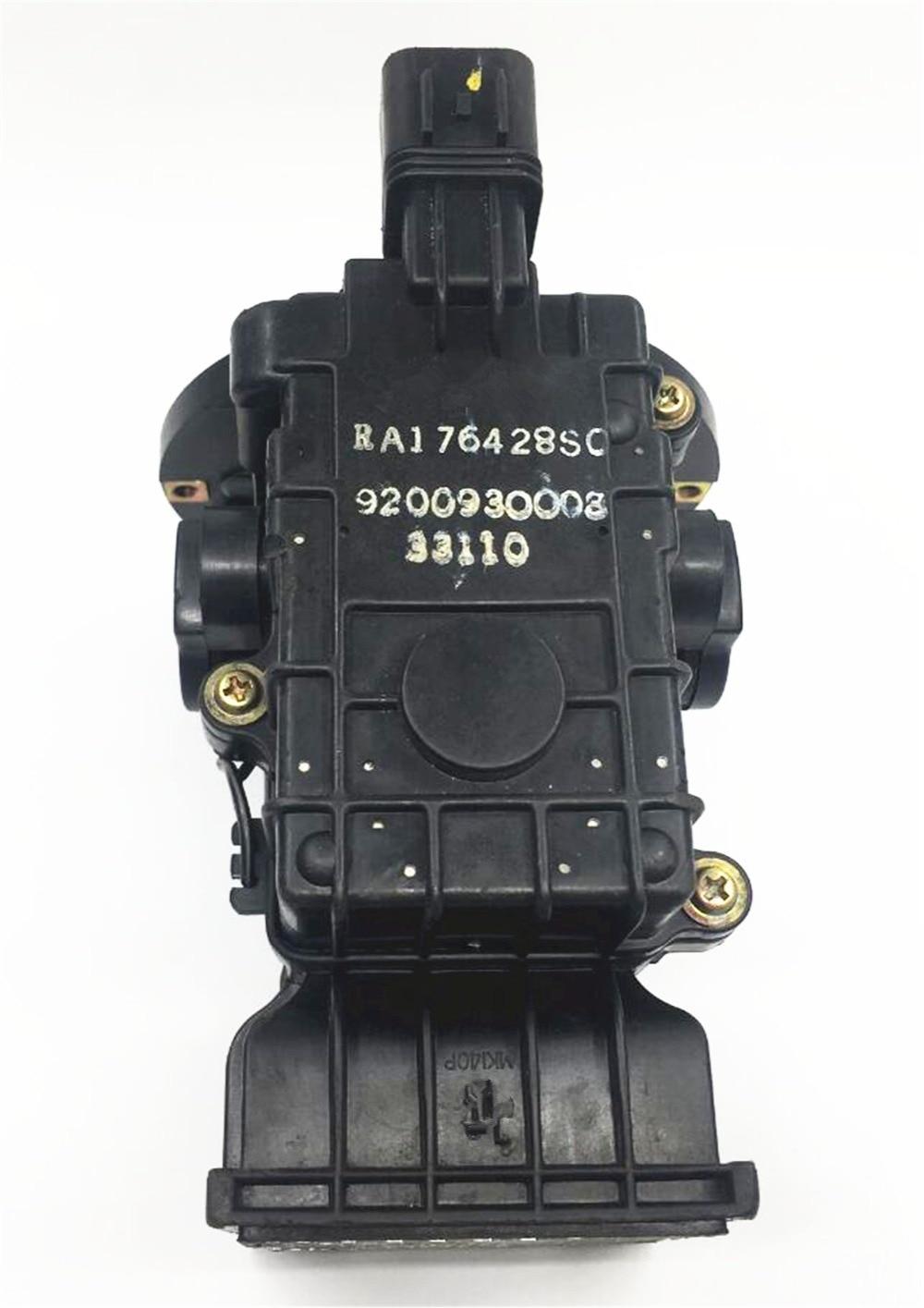 Orijinal hava axını sayğacları hava axını sensörləri MD118126 E5T01471 Mitsubishi Sports Car GT2000 E33 üçün uyğundur