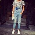 2017 Nueva correa de Los Hombres de mezclilla marea pantimedias una pieza de tirantes pantalones del babero overol de mezclilla pantalones vaqueros trajes del cantante