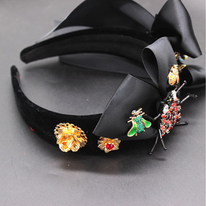 Image 2 - New Baroque exaggerated wild headband  beetle bee bow hair accessories fashion ball wild headband 594