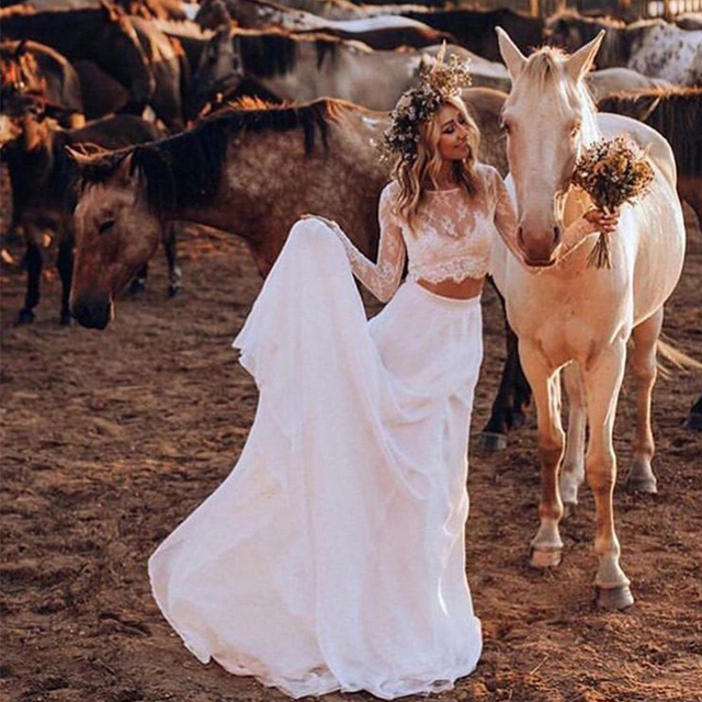 Two Pieces Boho Lace Beach Wedding Dresses Long Sleeves Full Length Sexy Bridal Dresses Covered Buttons Country Bride Dresses