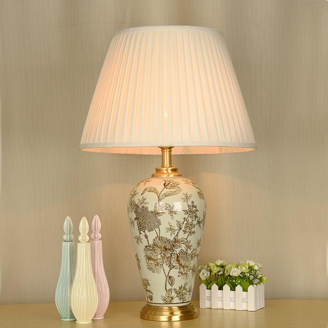 schlafzimmer vintage tisch lampe china wohnzimmer tischlampe f r hochzeit dekoration porzellan. Black Bedroom Furniture Sets. Home Design Ideas