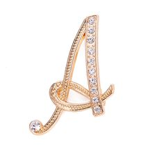1 Pc Fashion Unisex Rhinestone 26 English Letters Alphabet A-Z Brooch Pin Ornament Couple Memorial Jewelry Love Gifts(China)