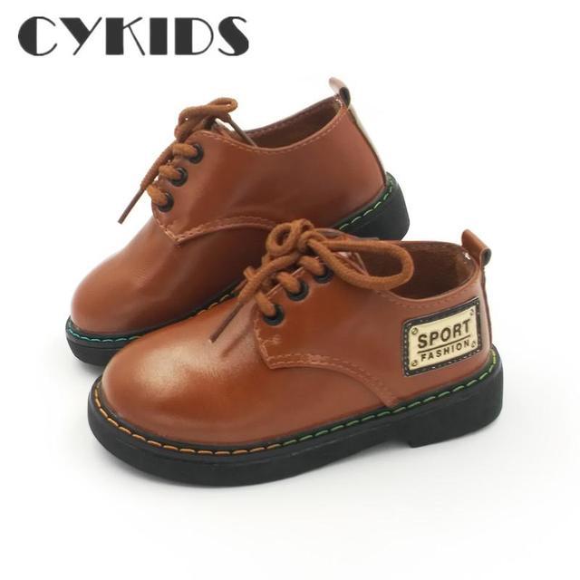 Couro confortável crianças Novos Meninos Da Moda Sapatos De Couro Para A Criança sapatos Meninas Plana Com Tamanho 21-25 Baby First Walkers Criança sapatos