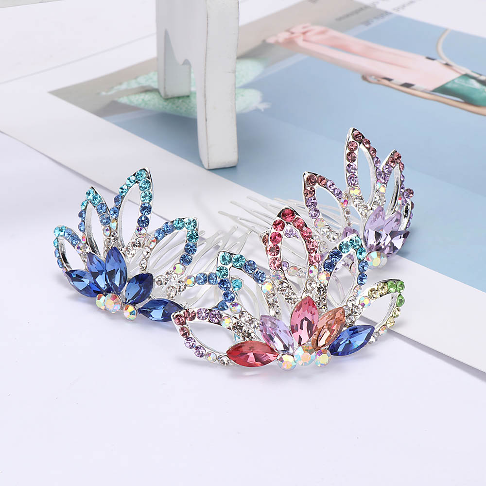 1Pcs Princess Crown Hair Comb Birthday Party Tiaras For Girls Kids Hair Jewelry Accessories Mini Cute Flower Crystal Rhinestone