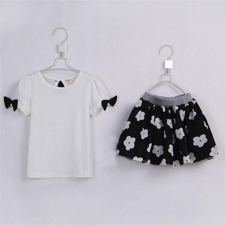 Manga de soplo del verano lindo Niñas Conjuntos de ropa del bebé busto  manga corta vestido de falda floral Conjuntos de ropa 1689 d19351f8a266