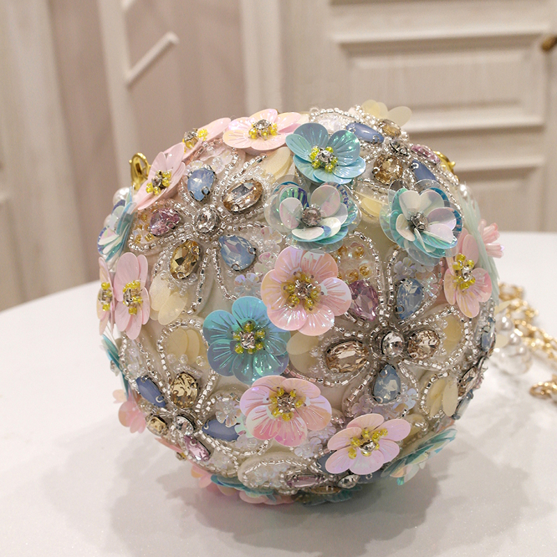 Фотография bags candy&liu brand 2018 spring new tide female handmade flowers rhinestone shoulder hand slung pearl ball round circular bag