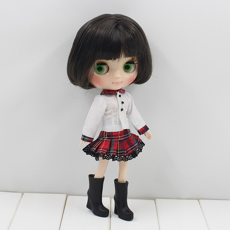 Middie Blythe Doll Grey Hair 20cm 7