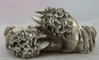 S0922 Китай Китайский Народная белый Медь серебряные Резные Лаки Краб статуя Скульптура d0317