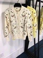 2018 Зима Новое поступление Для женщин свитера с длинными рукавами и круглым вырезом с цветочной вышивкой однобортный Кардиган свитер Беспла