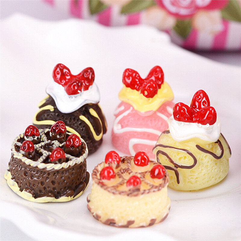 5pcs/set Simulation Mini Cake Dollhouse Miniature Food Scene Model Diy Doll House Accessories Resin Cake Model