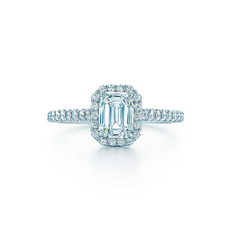 여성을위한 1ct 에메랄드 컷 다이아몬드 반지 au750 화이트 골드 18 k 약혼 반지 아내를위한 훌륭한 보석 기념일 선물-에서반지부터 쥬얼리 및 액세서리 의  그룹 1