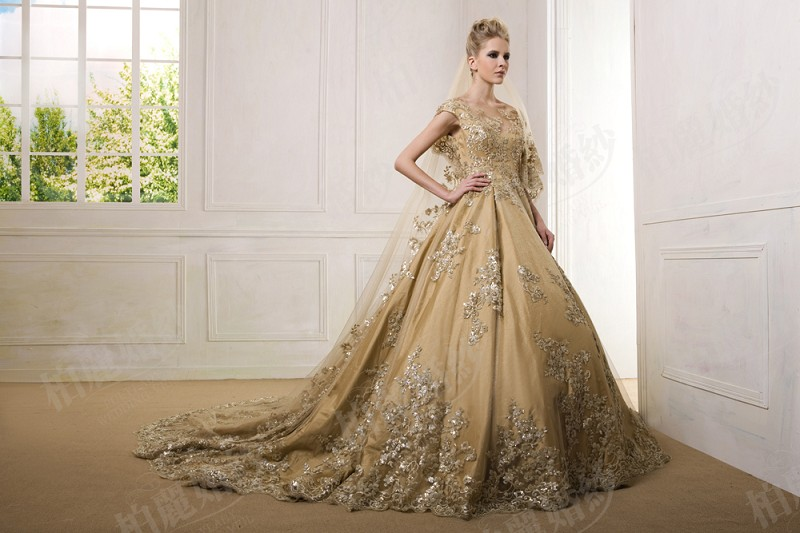 Luxury gold ball gown lace applique wedding dress real