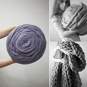 Image 2 - HOT SALE! 250g Fashion Super Bulky DIY Hand Knitting Blanket Hats Warm Giant Thick Yarn