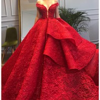 Luxurious Dubai Red Lace Bridal Dresses 2019 Sparkle Crystal Beaded Puffy Wedding Gowns Off Shoulder Lace Up Ruffles Casamento