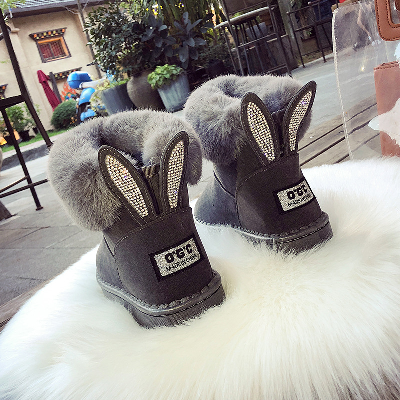 CHAISHOU 2018 Winter Female Rhinestones Keep Warm Plus Velvet Snow Boots Fur Bare Boots Flat Casual Female Boots Zapatos Mujer