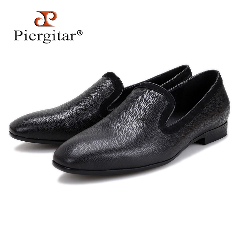 2018 New arrival Men black Genuine Leather shoes Party and Wedding men dress shoes luxurious Handmade men loafers male's flats luxurious genuine leather bottom and insole men handmade loafers wine red velvert with black striped wedding men s dress shoes