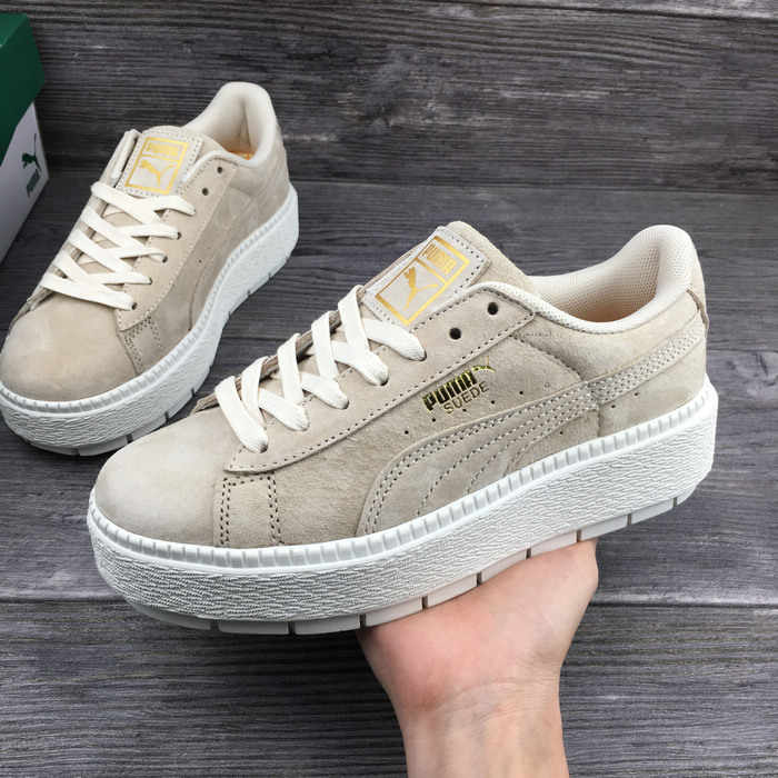 ade05cce58e ... Simple Badminton Shoes. RELATED PRODUCTS. 2018 New PUMA x FENTY Suede  Cleated Creeper Women s Fourth Generation Rihanna Classic Basket Suede Tone