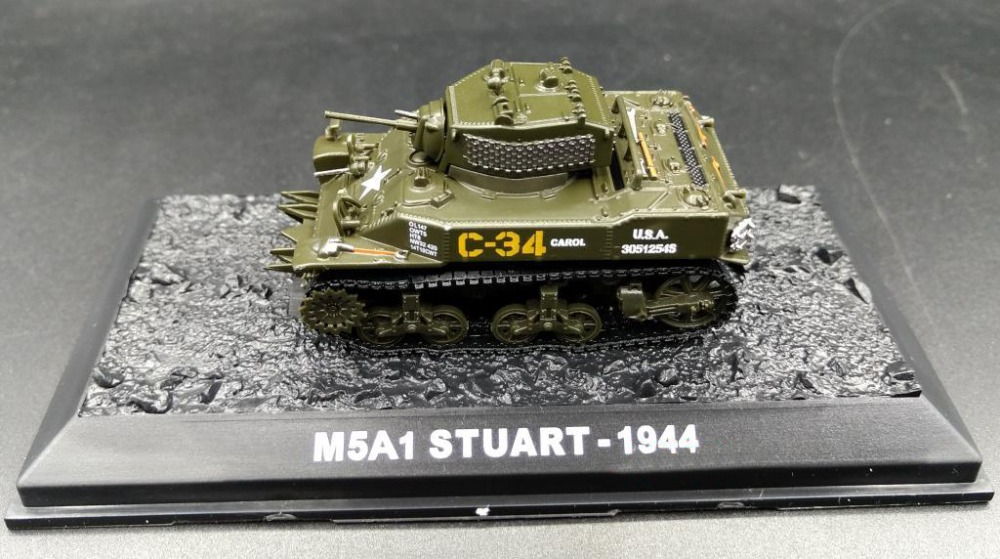 AM 1:72 Allies of World War II American M5A1 Light Tank model Alloy tank model Simulation Model Favorites Model