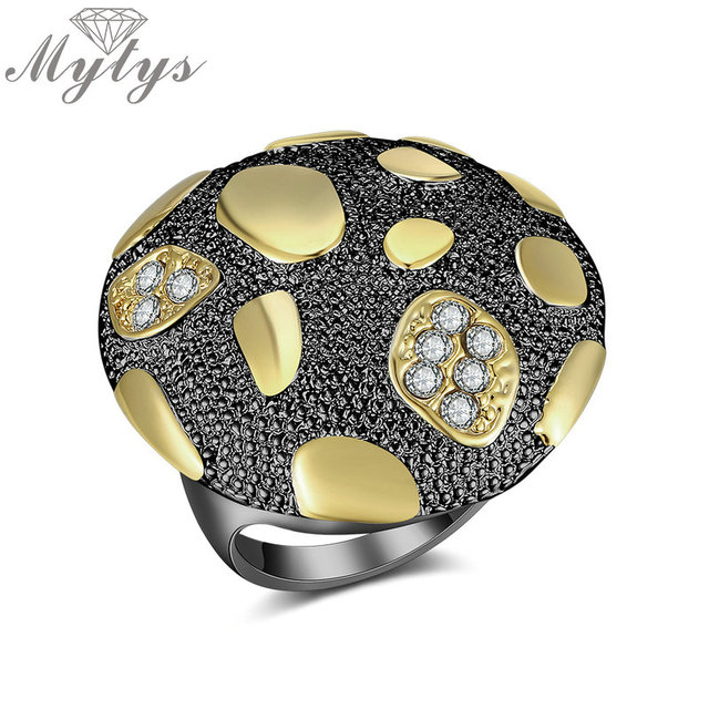 Mytys 3 Color Round Surface Cocktail Statement Rings for Women Fashion Metal Drops Pattern Big Ring Wholesale R2042 R2043 R2041