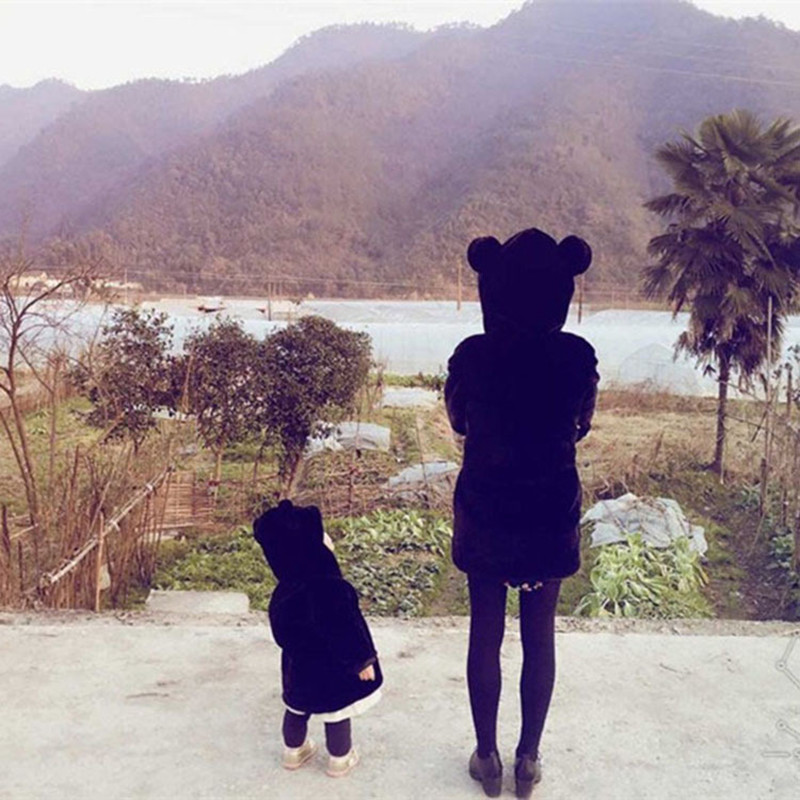 Maman filles mère et fille vêtements maman ours bébé ours vêtements Outwear enfants manteaux de fourrure bébé filles Faux vestes enfants enfant vêtements