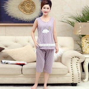 Image 3 - Хлопковая майка, укороченные брюки, пижама для женщин, летний кружевной Женский Повседневный комплект с принтом, с круглым вырезом и коротким рукавом, Женская домашняя одежда женская, Размер 4XL