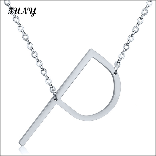 c6853e2732bb Color plata Collares Colgantes con letra P para las mujeres de acero  inoxidable COLLAR COLGANTE para