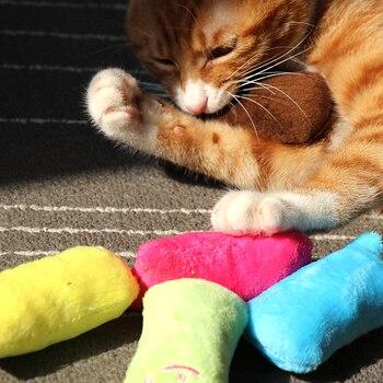 Funny Interactive Teeth Grinding Catnip Toys 1