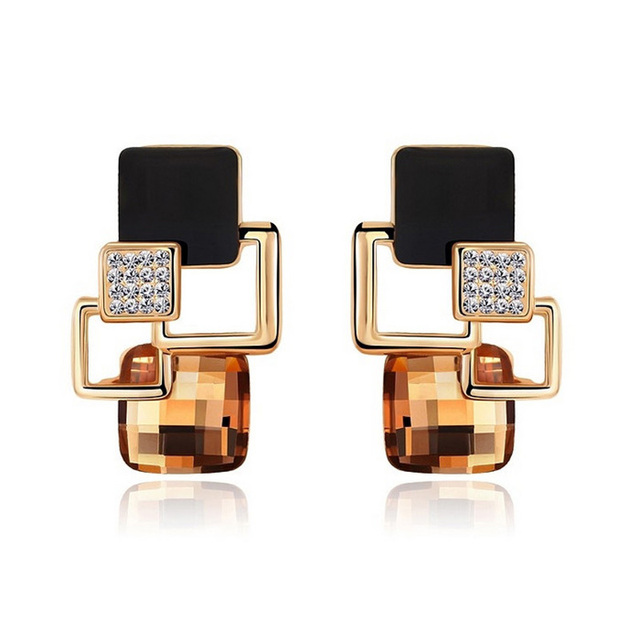 New Brand Earrings Jewelry High-end Fashion temperament Geometry Square Crystal Charm Stud Earrings For Woman Brincos
