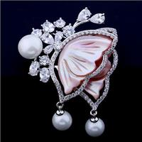 High quality Brand edition pectoral flower color shell pearl brooches micro butterfly inlay zircon pin dresses accessories