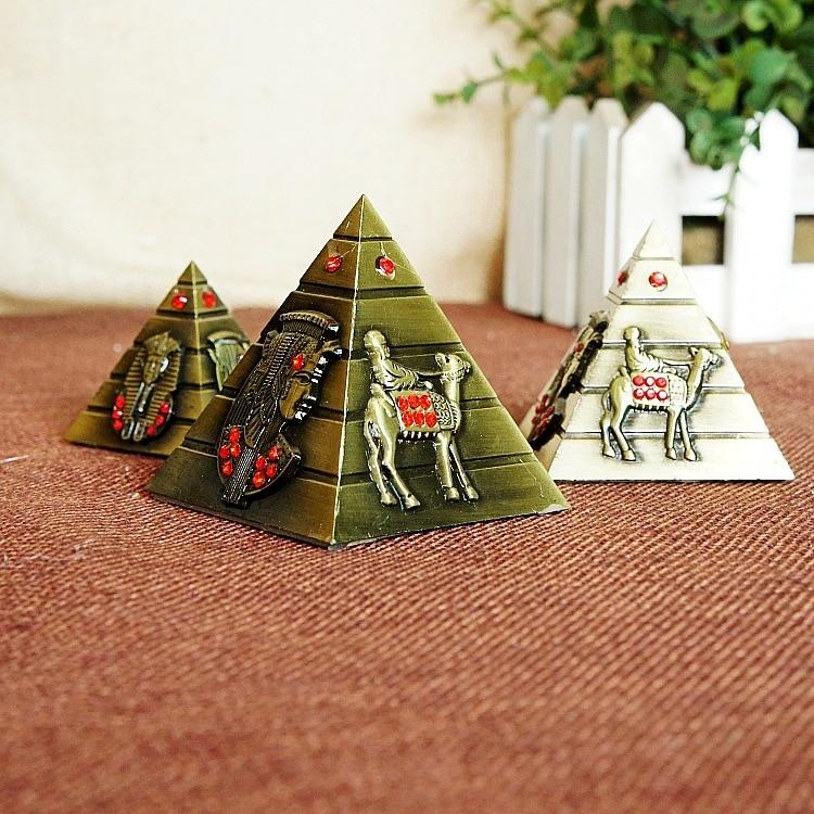 3 Každá malá kovová pyramida Egyptské pyramidy Architektonický - Dekorace interiéru