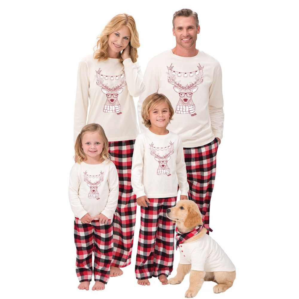 2018 New Family Christmas Pajamas Set New Year Mother Daughter Family  Matching Outfits Clothes Sleepwear Set bd5a68614