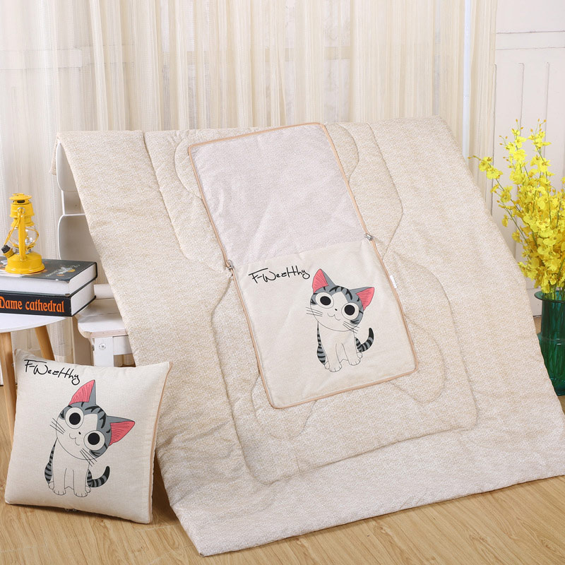 Pets 2IN1 Pillow and quilt blanket  1