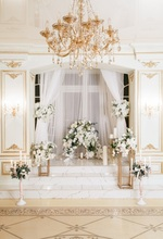 Laeacco Palace Interior Curtain Flowers Candle Wedding Photography Background Customized Photographic Backdrops For Photo Studio 100% hand painted pro dyed muslin backdrops for photography studio customized photographic background wedding backdrops 10x10ft