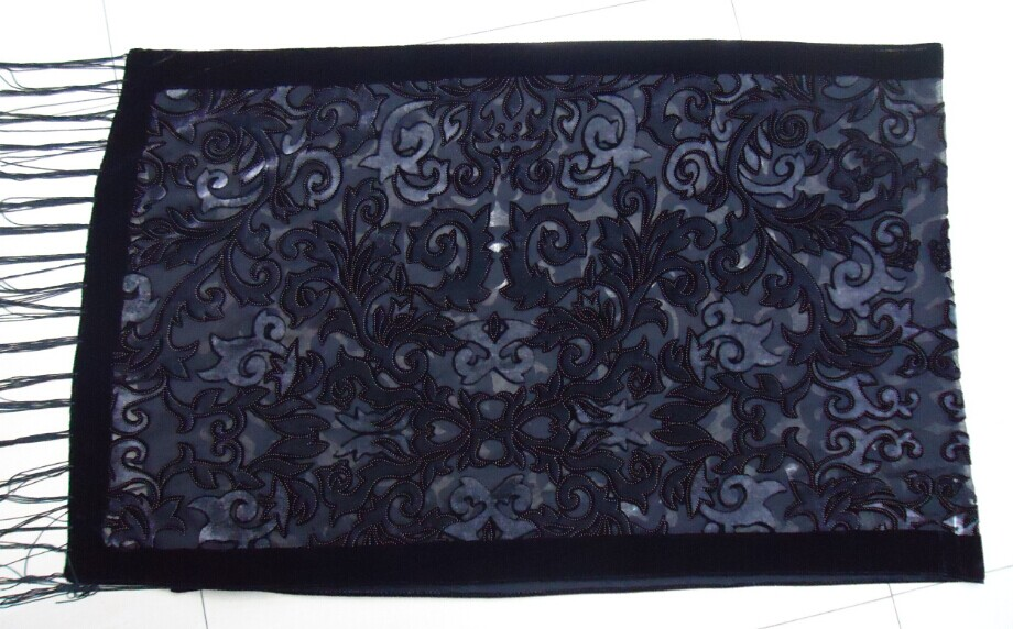 Image 5 - 2017 USA New Black Velvet Burnout Scarf Female Wedding Shawl  Baroque Muslim Hijab Style Wrap Pashmina Gift For Loversvelvet burnout  scarfscarf stylestyle scarf