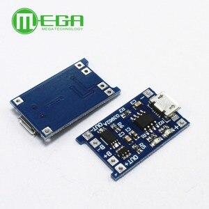 Image 2 - 5pcs 5V 1A מיקרו USB 18650 סוללת ליתיום טעינת דירקטוריון מטען מודול + הגנה כפולה פונקציות