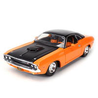 Maisto 1:24 Dodge Challehger R/T 1970 Diecast Model Car Toy Cars Vintage Model Cars