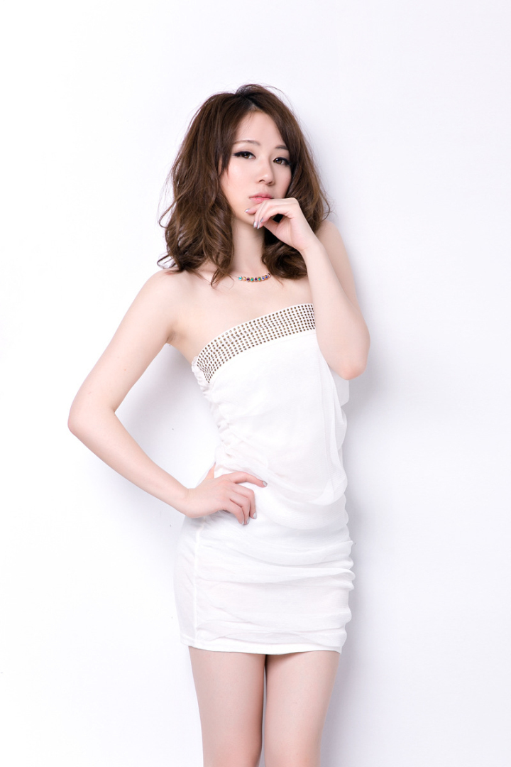 18bf9d0c384a Europe And America Nightclubs Sexy Women Gauze Wrinkle Flat Chest Wrapped  Dress Fashion Backless Party Dress-in Dresses from Women s Clothing on ...