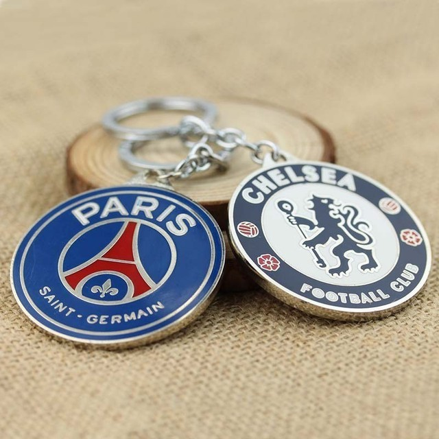 2017 New Football Club KeyChain Manchester, Arsenal, Juventus, Inter, Milan etc.